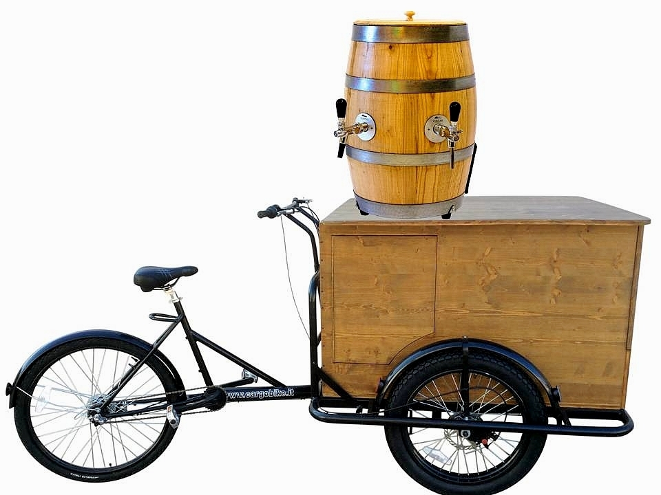 BEER BIKE DLX TRICYCLE CYCLOPE A78