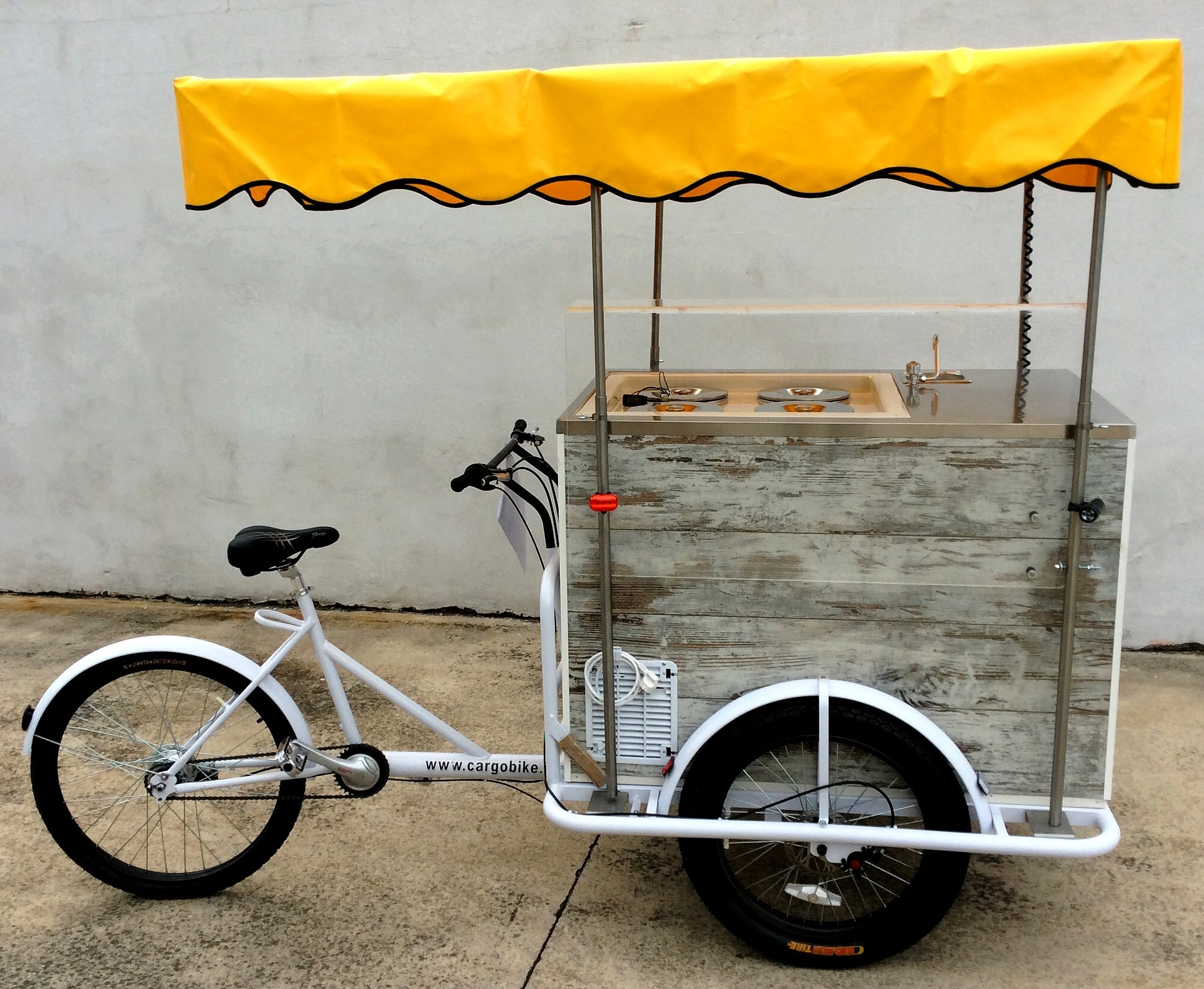 Carretto_Gelati_VINTAGE_Ice_cream_Cart_Tricycle_Cargo_Bike_a_Batteria_Battery_2